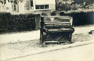 2207 Arnhem Verwoest, 1945
