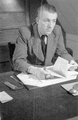 7374 Johan v.d. Woude, schrijver, 13-12-1946