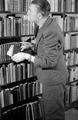 7381 Johan v.d. Woude, schrijver, 13-12-1946
