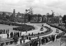 122 FOTOCOLLECTIES - DRIESSEN / RAAYEN, 8 juni 1945