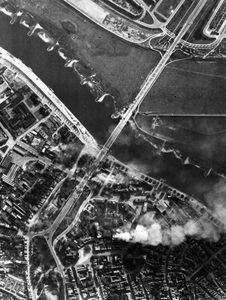 1900 TWEEDE WERELDOORLOG, 19 september 1944