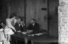 2368 HULPACTIES, 11 september 1945