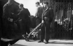 2376 HULPACTIES, 11 september 1945