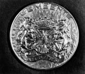 2388 HULPACTIES, 1945-1947