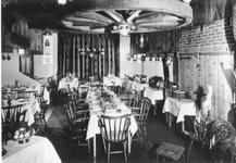0796 Interieur van boerderij-restaurant De Wever