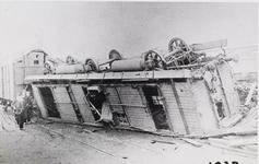 20-00051 Stormramp, omgeworpen treinwagon