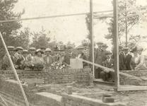 29 Eerste steenlegging van de opzichterwoning 'het Kruisselt'