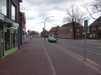 NL-DtcSARA_1628_0004 Terborgseweg richting station Doetinchem leeg door Corona