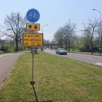 NL-DtcSARA_1628_0041 Corona maatregel op het fietspad