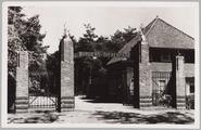 2540 Hoofdingang Burgers' Natuur-Dierenpark te Arnhem, 1950-07-05