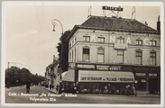 4452 Cafe-Restaurant De Passage Arnhem Velperplein 21a, ca. 1950