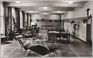 4587 Insula Dei , Arnhem Internaat voor Kwekelingen Mariën Enk - Woonzaal, ca. 1950