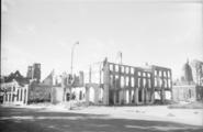 104 Arnhem verwoest, zomer 1945