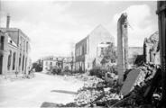 108 Arnhem verwoest, zomer 1945
