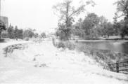 128 Arnhem verwoest, 1945