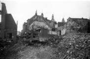328 Arnhem verwoest, 1945