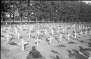 885 Arnhem verwoest, 25 september 1945