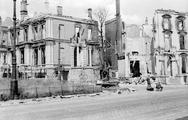 108 FOTOCOLLECTIES - DRIESSEN / RAAYEN, 1945