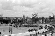 127 FOTOCOLLECTIES - DRIESSEN / RAAYEN, 8 juni 1945