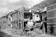 356 FOTOCOLLECTIES - DRIESSEN / RAAYEN, 1945