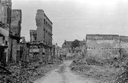 458 FOTOCOLLECTIES - DRIESSEN / RAAYEN, 1945