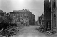 606 FOTOCOLLECTIES - DRIESSEN / RAAYEN, 1945