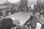 16955-0003 Vergadering punkers, 19-01-1984