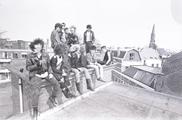 17625-0006 Punkers kraken bedrijfsgebouw aan de Bergstraat, 18-04-1984