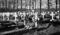 1833 Airbornekerkhof, 1945