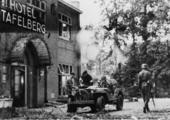 2000 SLAG OM ARNHEM, 1945