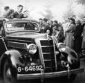 2360 HULPACTIES, 11 september 1945