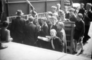 2367 HULPACTIES, 11 september 1945