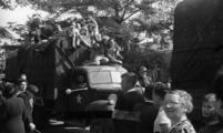 2380 HULPACTIES, 11 september 1945
