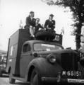2381 HULPACTIES, 11 september 1945