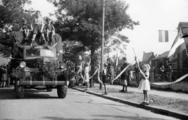 2382 HULPACTIES, 11 september 1945