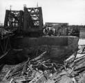 2593 VERWOESTINGEN, 1945