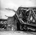 2594 VERWOESTINGEN, 1945
