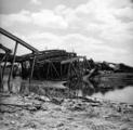 2595 VERWOESTINGEN, 1945