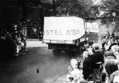 2640 AMSTERDAM HELPT ARNHEM, 11 september 1945