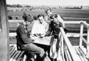 2707 TWEEDE WERELDOORLOG, 1940-1944