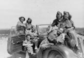 2713 TWEEDE WERELDOORLOG, 1940-1944