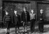 4481 FOTOCOLLECTIES - BOOYS SR, P.J. DE, maart 1946