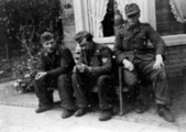 4538 FOTOCOLLECTIES, 1944-1945