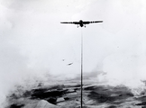 4990 LUCHTFOTO'S, 1943-1944