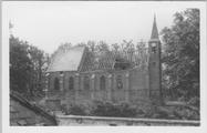 143 Verwoest kerkje, 1945